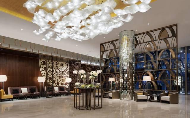 فندق حياة ريجنسي الرياض من منتجعات فخمة بالرياض التي تضم فريق عمل احترافي