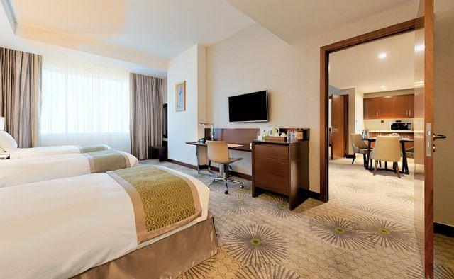 الفنادق مكه العزيزيه تكفُل لك الراحة والرفاهية بالإقامة في غرف راقية فسيحة