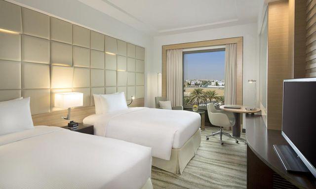 توّد السكن في أرقى أحياء الرياض؟ نُرشح لك فنادق الدائري الشمالي بالرياض للاختيار من بينها، للحصول على التفاصيل