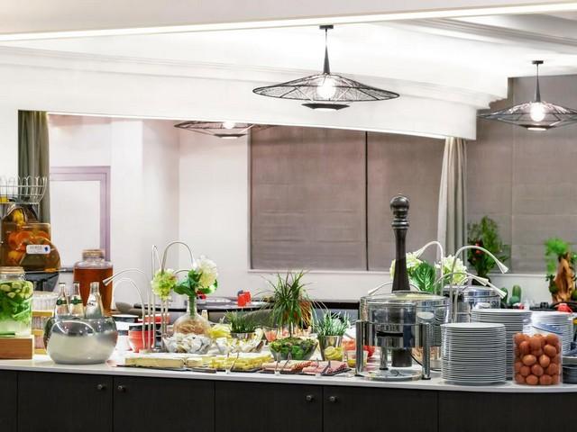 يقدم مطعم فندق نوفوتيل باريس 17 أشهى أنواع المأكولات