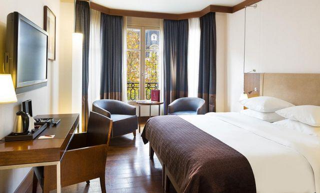 أرقى فنادق باريس خمس نجوم التي تتميّز بتقييمات عربية مُرتفعة