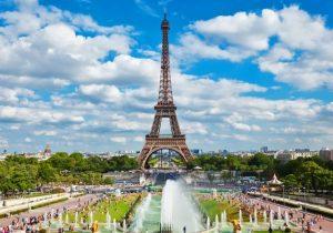 تعرف معنا على كيفية اختيار افضل الأسعار قبل حجز فنادق باريس
