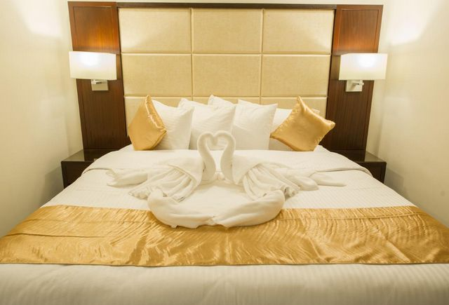 تقرير يشتمل كافة المعلومات عن فنادق شارع الامير سلطان
