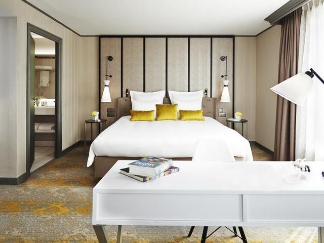 يضم فندق رينيسانس باريس لاديفانس أماكن إقامة تتميز بالرقي والعصرية