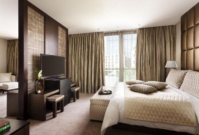 إن كانت تستهويك الإقامة في الرياض، اقرأ تقريرنا عن افضل اجنحة فندقية في الرياض واختر ما يُناسبك
