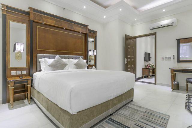 قد تُناسبك الإقامة في اجنحة فندقية الرياض إن كنت تبحث عن فندق يمنحك إطلالة خلابة وخدمات راقية وأسعار مُناسبة
