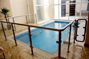 تتميز شاليهات الرياض مسبح خاص بالفخامة