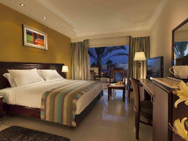 أحد غرفة منتجعات شرم الشيخ خليج نعمة المعروف بفندق كيروسيز بريمير اكوا بارك شرم الشيخ