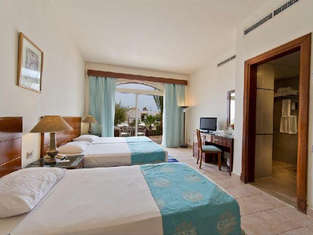 غرفة عائلية في فندق شورز الوها شرم الشيخ من بين قائمة فنادق فى هضبة ام السيد شرم الشيخ