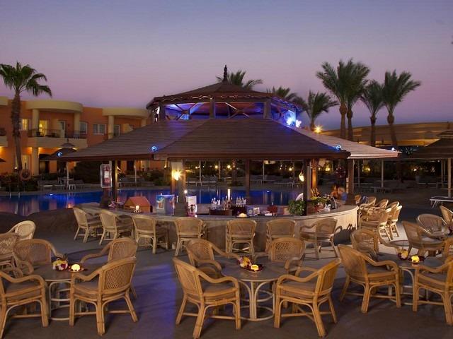 يحتوي منتجع سييرا شرم الشيخ على مطاعم تقدم مأكولات عالمية شهية