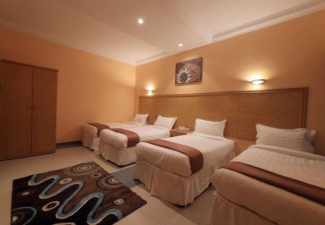 فندق سنود العزيزية مكة يضم غرف وأجنحة فسيحة تناسب العوائل