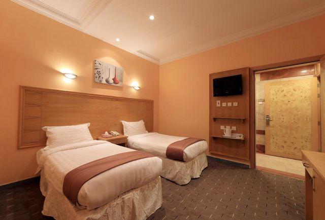 تُوفّر غرف فندق سنود العزيزية إقامة راقية ومُميّزة