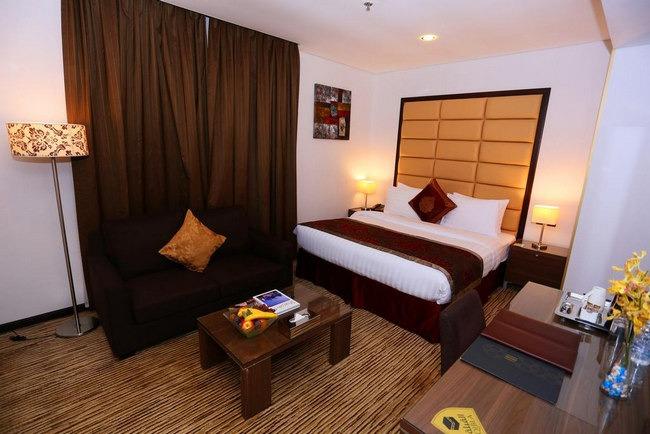 أرقى وأجمل غُرف في فنادق الشارقه شارع الكورنيش