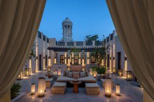 فنادق الشارقه شارع الكورنيش قمة في الروعة والجمال