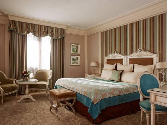 فندق بالزاك من الخيارات المُثلى بين افضل فنادق باريس لشهر العسل