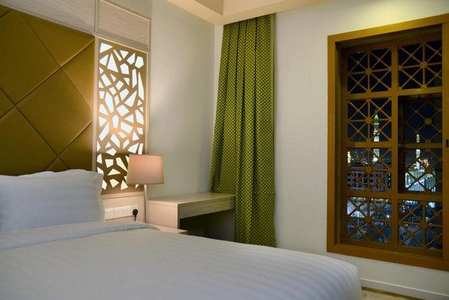 إطلالة جميلة من نافذة أفضل فنادق شارع السلام المدينة المنورة