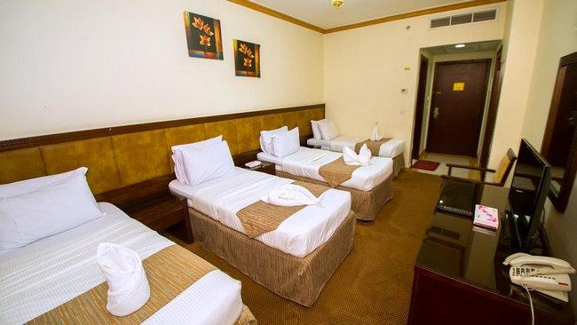 غُرف رُباعية أنيقة ونظيفة في فنادق شارع السلام بالمدينة المنورة