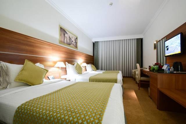 فندق جولدن توليب المكتان يمتلك موقع مُميز جعلته اجمل فنادق المدينة المنورة