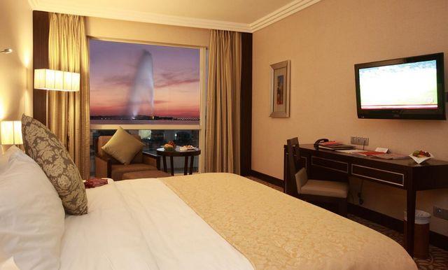 جمعنا لكم اليوم في دليل استرشادي يضم مجموعة مُختارة من افضل فنادق جدة على البحر للاختيار من بينها