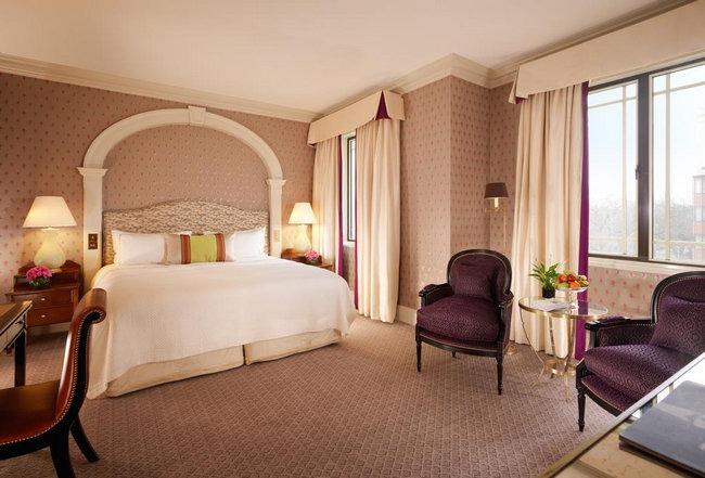 حجز فنادق لندن تحوي غُرف جميلة ومُريحة بديكورات هادئة