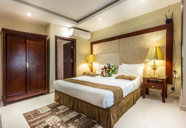 واحد من مجموعة فنادق في الهدا رخيصه هو منتجع المهيدب الهدا الذي تمّ تقييمه بجيد جداً