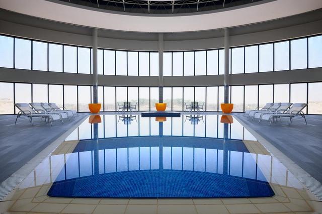 إطلالة لا تُضاهى في فندق بمسبح خاص في الرياض