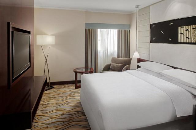 ستجد في فندق جنوب الرياض بونتس باي شيراتون الرياض خالدية العصرية والإقامة الفخمة