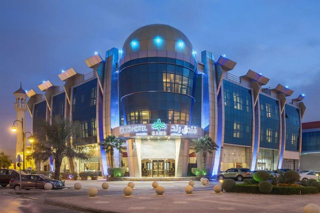 فندق رند المصنف اربع نجوم حاز على تقييمات جيدة وهو واحد من فنادق بحي السليمانيه بالرياض