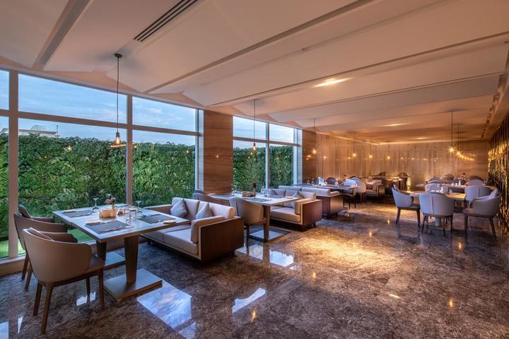 يُقدّم فندق بريرا-النخيل أحد فنادق قريبه من النخيل مول الرياض خدمات مُميّزة