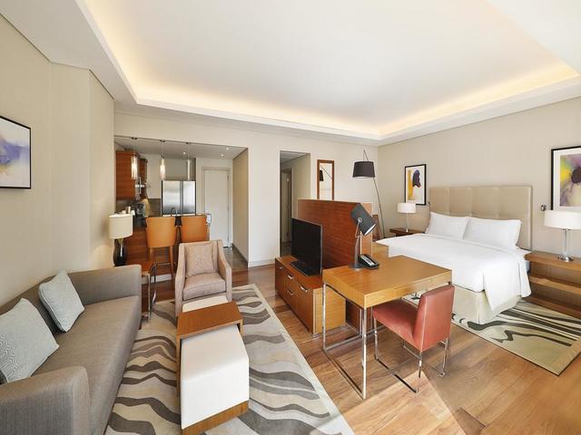 فندق هيلتون الرياض غرناطة أحد أفضل  فنادق قريبه من غرناطه مول