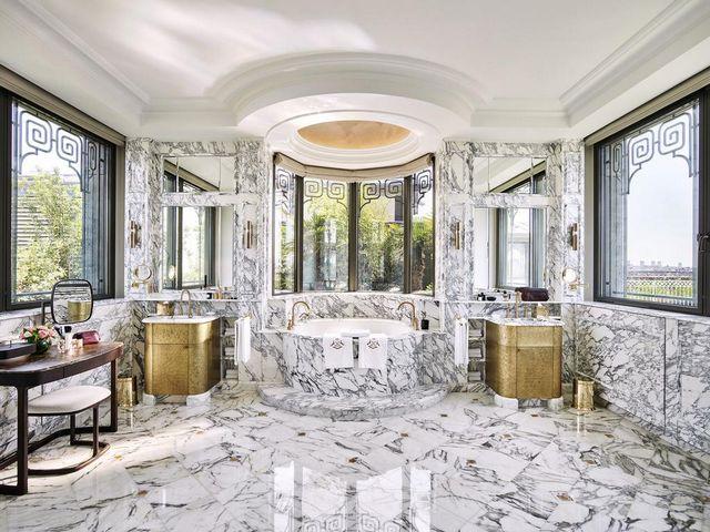 لو موريس باريس من افضل فنادق باريس خمس نجوم