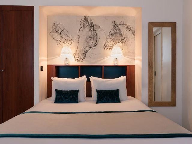 فندق موناليزا شانزليزيه أحد فنادق قائمة فندق قريب من الشانزليزيه وسعره مناسب  الفخمة وذات الديكور الفاخر