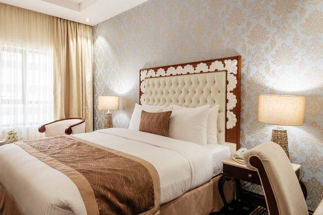 فنادق الشارقة القريبة من دبي واحد منها توليب إن الشارقة