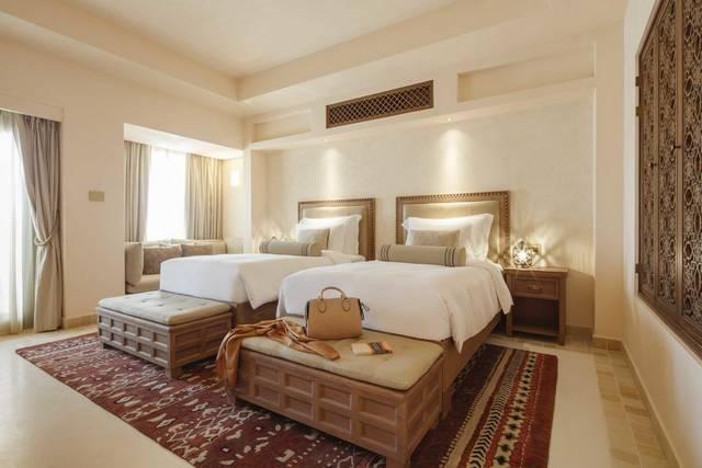 افضل منتجعات ابوظبي سلسلة فندق كراون بلازا ابوظبي