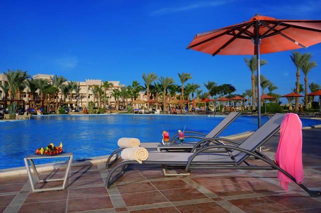 يُعد فندق الباتروس بالاس الغردقة من افضل فنادق الغردقة بسبب موقعه المُميّز