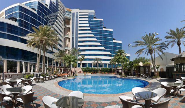 ارخص  منتجعات في البحرين مع مسبح خاص إضافةً لإطلالة مُباشرة على البحر