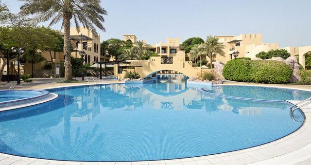اجمل منتجعات البحرين مسبح خاص