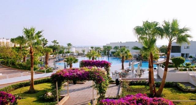 إذا كنت تبحث عن أفخم فنادق شرم الشيخ على البحر فهذا التقرير سينال إعجابك