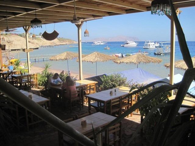 من أهم اسماء فنادق فنادق شرم الشيخ 3 نجوم التي توفر منطقة شاطئ خاصة