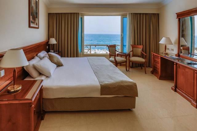 فندق ازور الاسكندرية من فنادق الاسكندرية بشاطئ خاص الخلابة