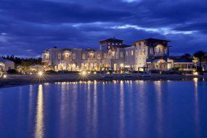 تتميّز فنادق الجونة بالفخامة