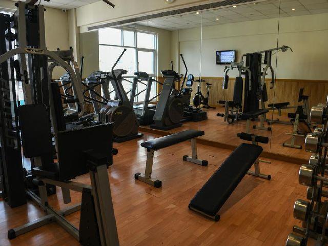النادي الرياضي في فندق الجفير جراند