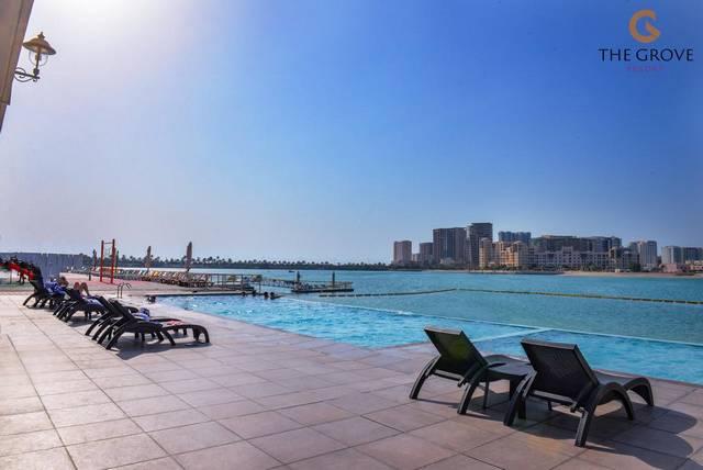 يُعد منتجع جروف البحرين من افضل فنادق البحرين بسبب موقعه المُميّز