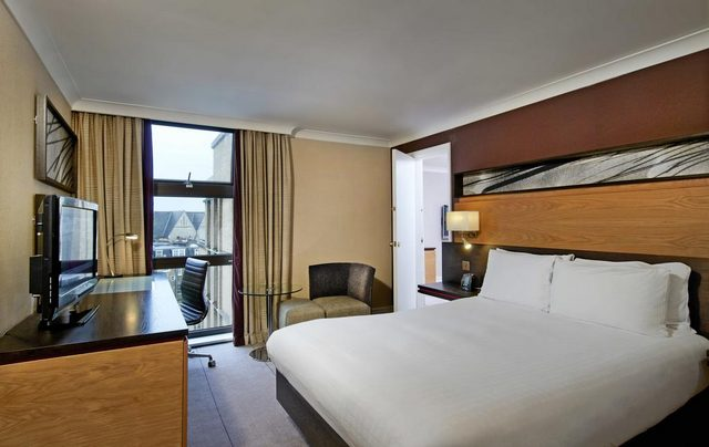 فندق هيلتون لندن كنسينغتون المصنف 4 نجوم يتميز عن غيره بالسعر الاقتصادي