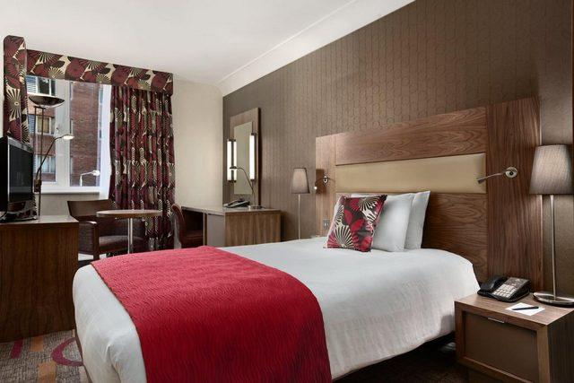 فندق هيلتون اولمبياد لندن ينتمي لسلسلة عريقة لها عدة فنادق مشهورة في لندن
