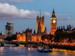 فندق هوليدي ان لندن كينغستون الرائع في انجلترا
