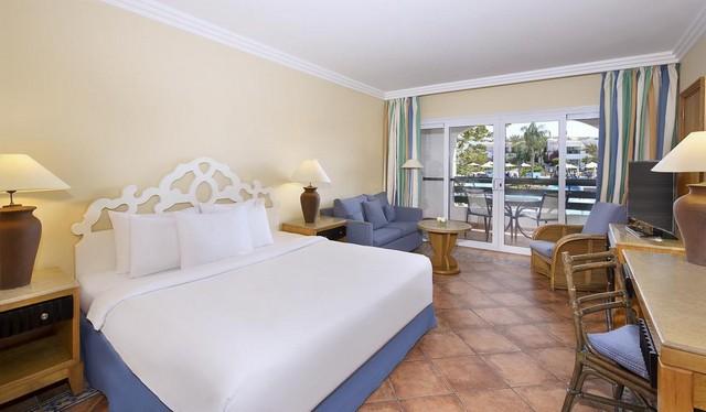 يتميز خليج نعمة فنادق عديدة ومتنوعة تُرضي جميع الأذواق