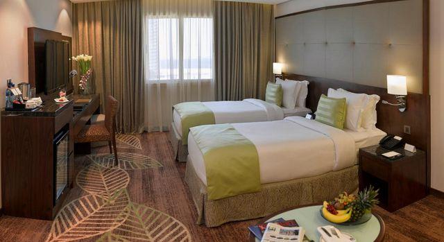أفضل 12 فنادق بالجفير وأعلاها تقييمًا، كما يُوضح كيفية حجز فنادق البحرين الجفير عبر الإنترنت