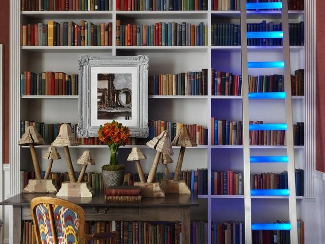 تحتوي غُرف فندق نايتسبريدج لندن على مكتبة بالإضافة الى زينتها المميزة