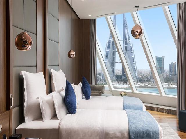 تمتع بإقامة مميزة في ويندهام جراند المنامة حيث يعد واحد من افضل فنادق المنامة